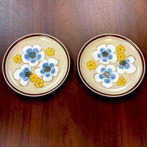 Vintage Yamaka Stoneware Avanti Plates- Set of 2